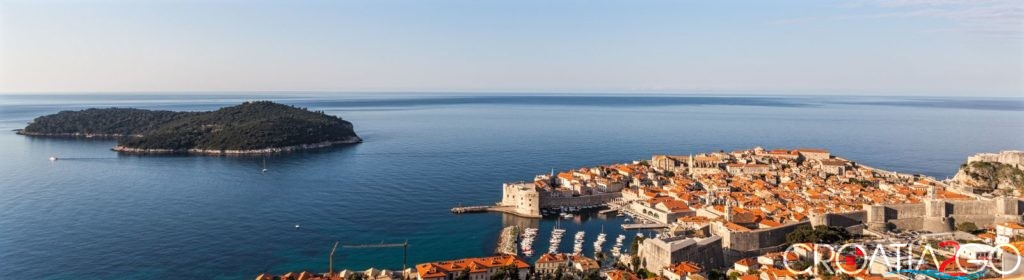 Croatian-Attractions-thanx-to-Diego-Delso-delso.photo-License-CC-BY-SACasco_viejo_de_Dubrovnik_Croacia_2014-04-14.jpg