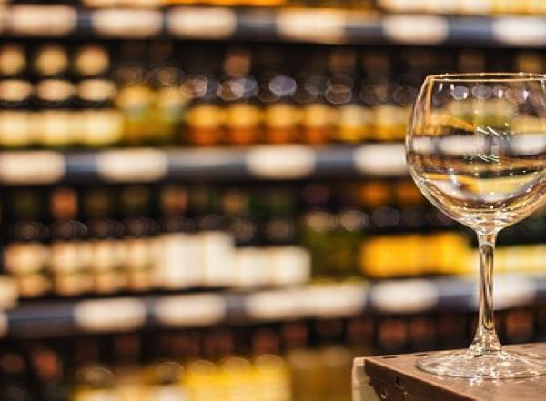 Wine & More-Glass