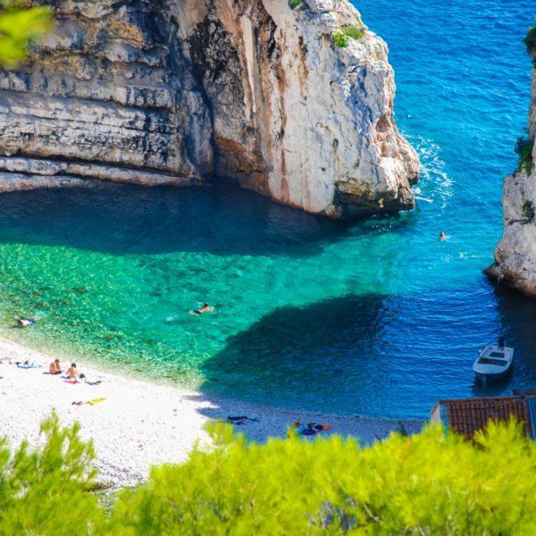 Stiniva Bay, Island Vis, Croatia photo credit by TB of Vis