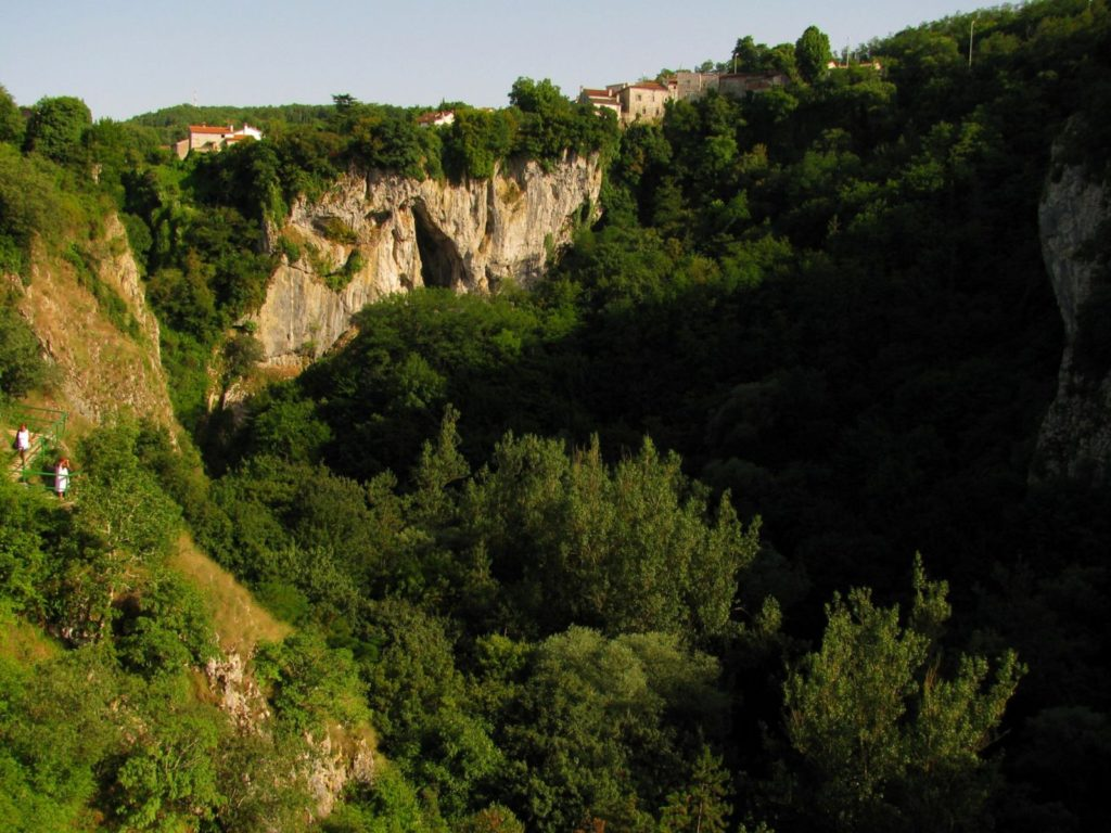 Pazin Castle and Abyss were inspiration to Jules Verne