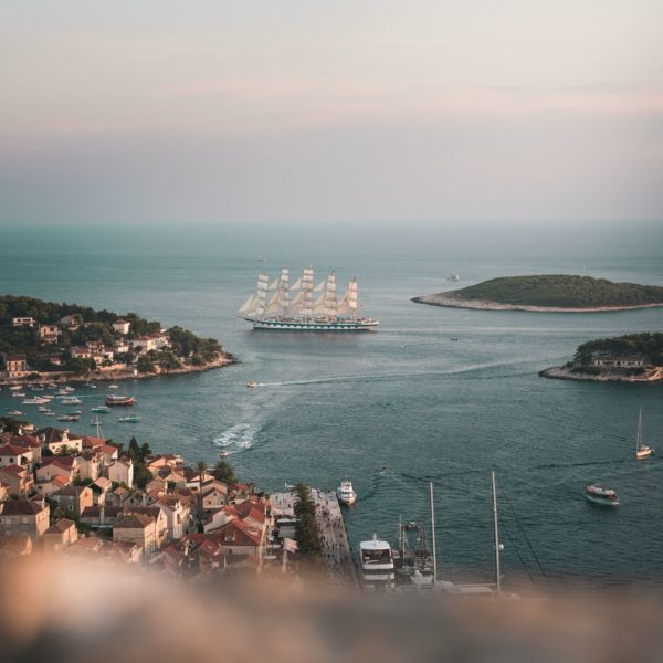Hvar, Photo by Nicolas Jossi on Unsplash