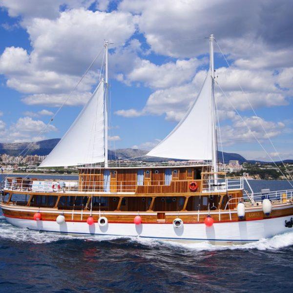 Cruise ship Lopar, Katarina Line, Croatia photo credit Katarina Line