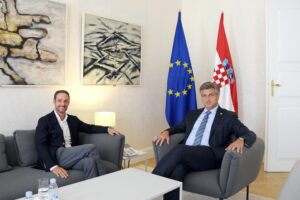 Meeting with PM, photo credit by Jan de Jong